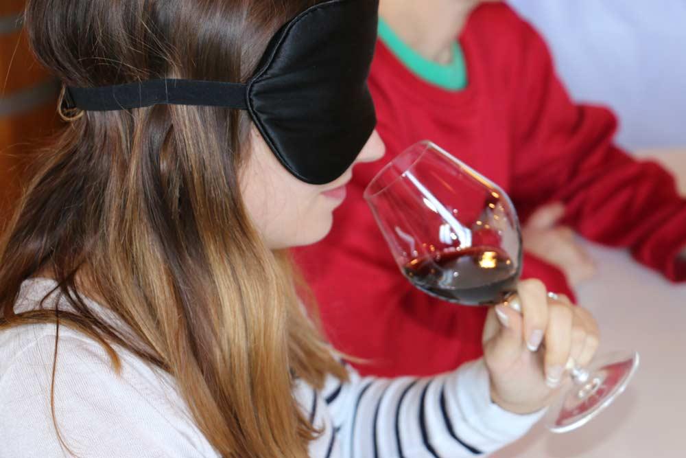 L'expérience Wine in black à vivre chez Œnanim à Bordeaux
